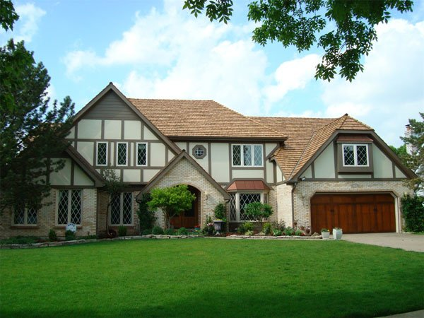 tudor wth stucco siding